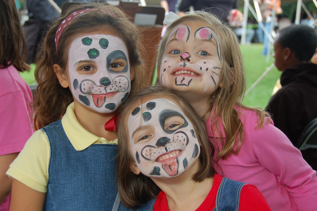 Face_paint_girls